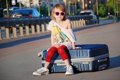 Documentos para crianças que viagem sozinhas para Portugal